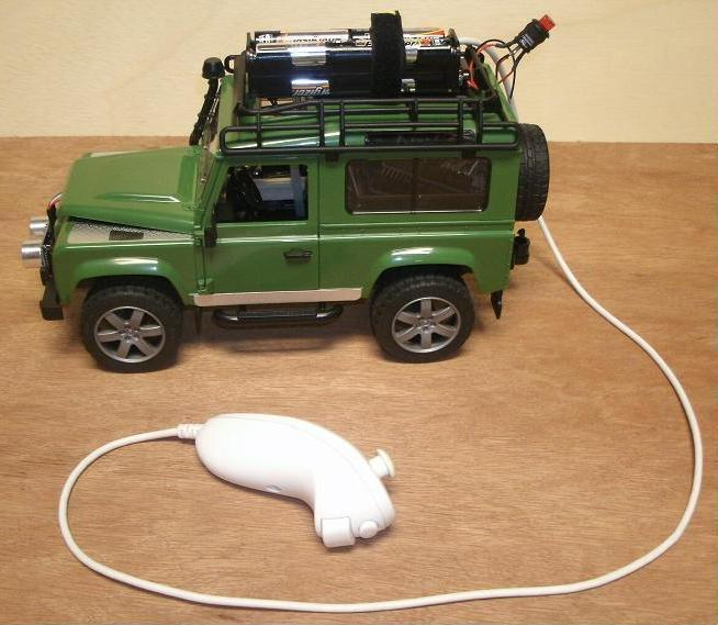 Land Rover Defender Toy With Arduino Controller